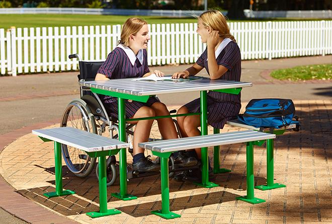 Escola Accessible Setting: Inclusive Design and DDA-compliant