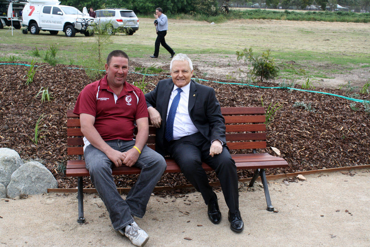 Tyabb Cricket Club President Sam Taranto (left) with State member of Hastings Neale Burgess (right)